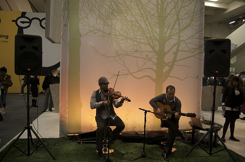Belkin Booth Band
